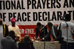 Lazarus-Chakwera-signs-peace-declaration